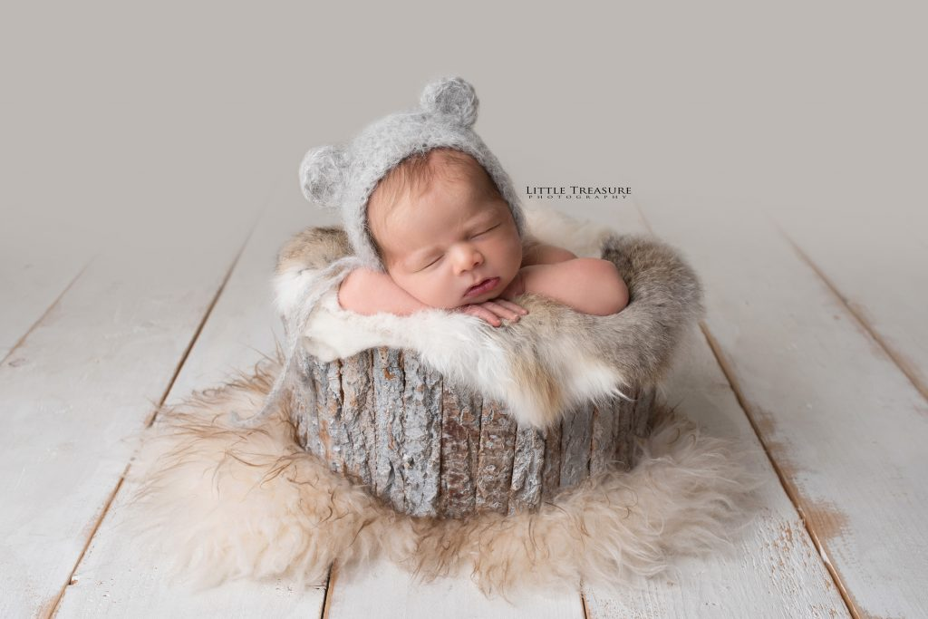 Newborn Photography by Little Treasure Photography