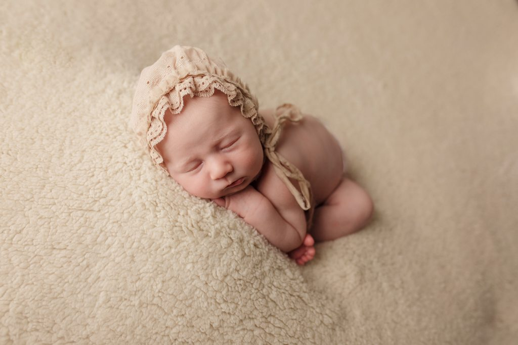 Newborn Photography by Cam Photography