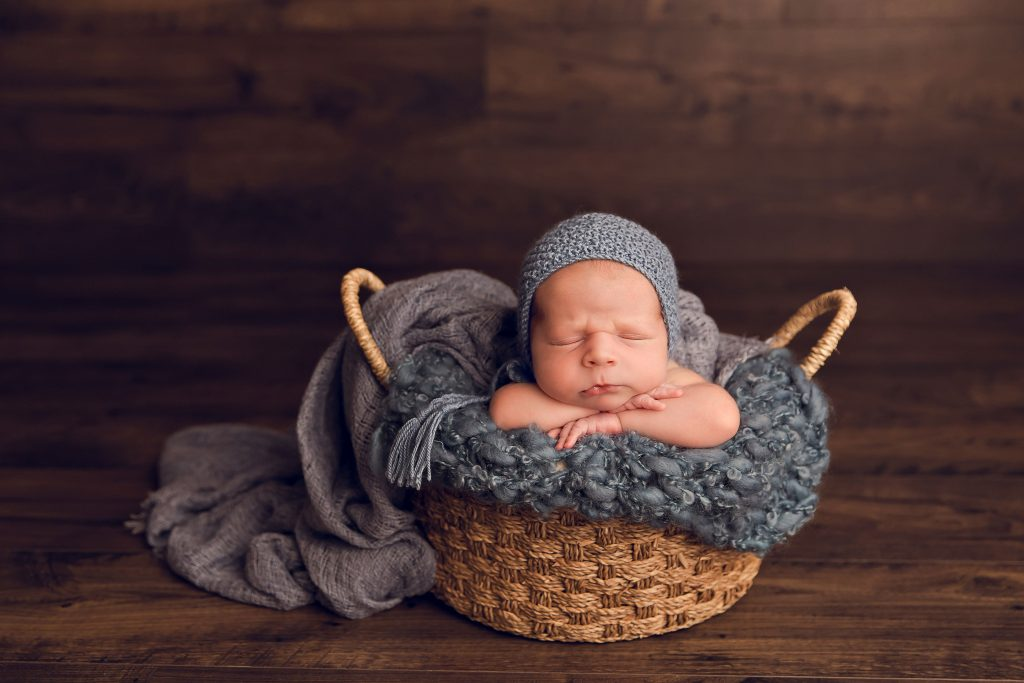 Newborn Photography by Shellie Wall Photography