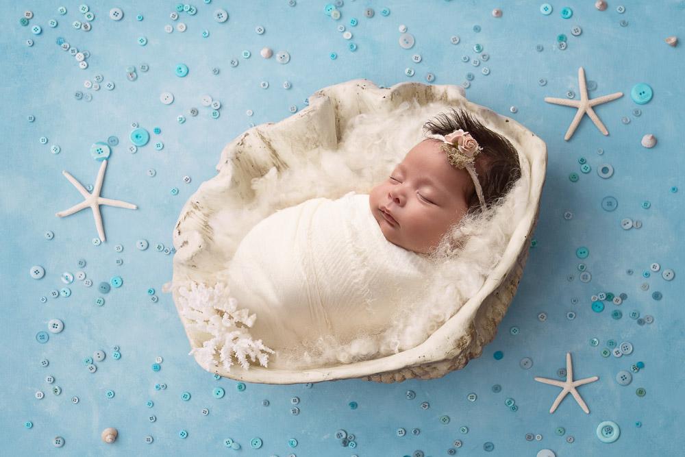 Newborn Photography by Helen Carpenter Photography